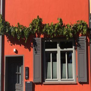 Außenfassade – Orange